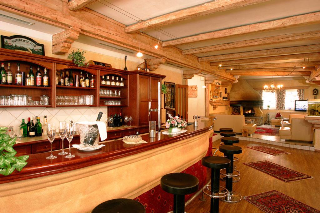 Hotelbar · Inklusivleistungen im Hotel Winter in Obertauern